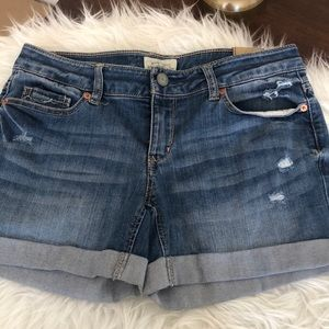 NWT distressed cuffed Aeropostale jean shorts